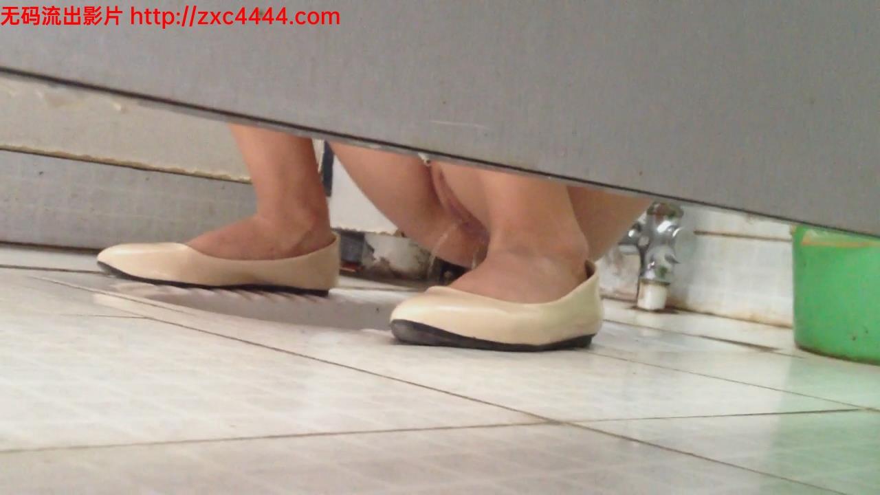 厕所 偷拍 白虎女厕偷拍